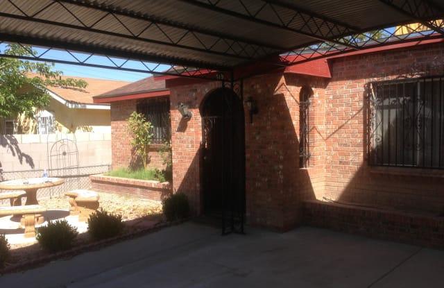 919 Anderson Avenue SE - 919 Anderson Avenue Southeast, Albuquerque, NM 87102