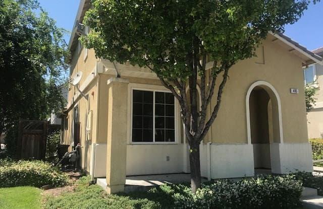 495 Arrowhead St - 495 Arrowhead Street, Brentwood, CA 94513