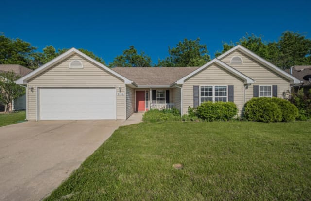 4706 FENIMORE DR - 4706 Fenimore Dr, Columbia, MO 65202