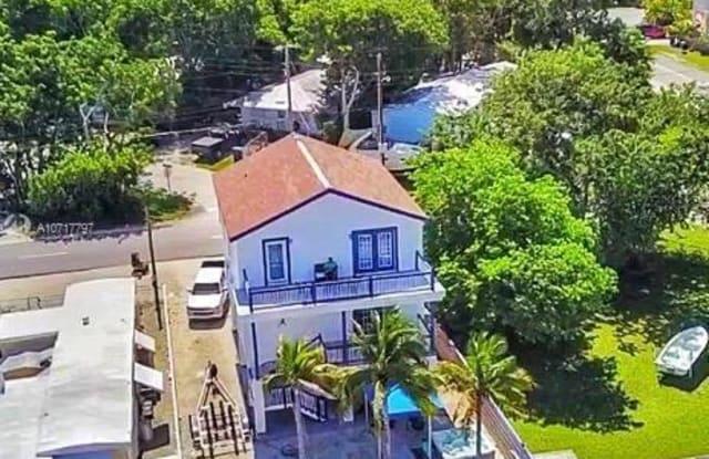 4 Grassy Rd - 4 Grassy Road, Key Largo, FL 33037