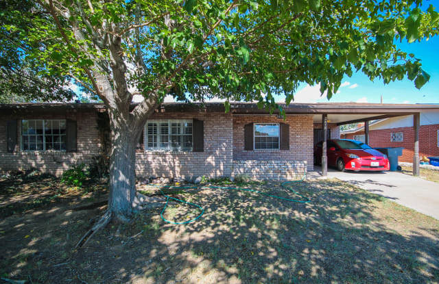 2416 N Campbell Street - 2416 North Campbell Street, El Paso, TX 79902