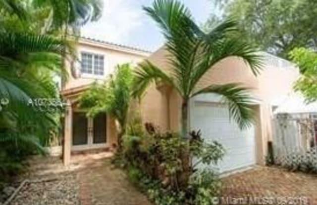 2919 Virginia St - 2919 Virginia Street, Miami, FL 33133