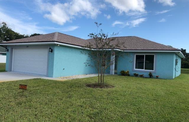 927 Magnolia Avenue - 927 Magnolia Avenue, Holly Hill, FL 32117
