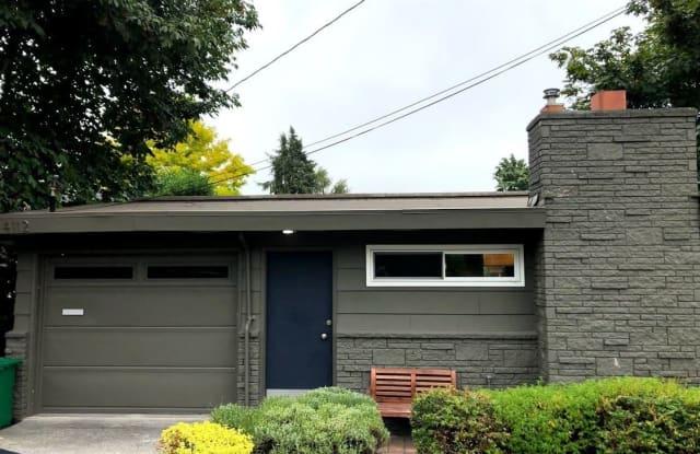 4112 Francis Ave N - 4112 Francis Avenue North, Seattle, WA 98103