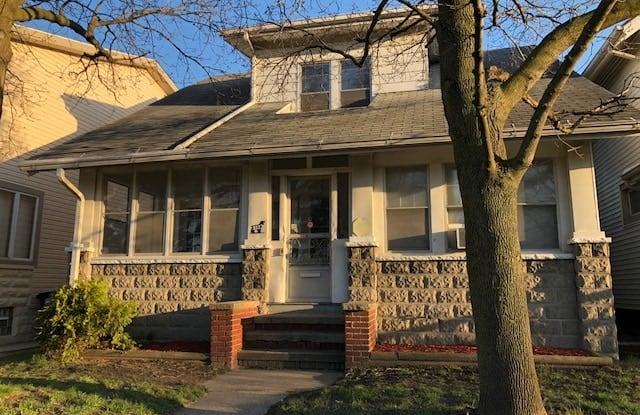 2227 Dorr St (Top) - 2227 Dorr Street, Toledo, OH 43607