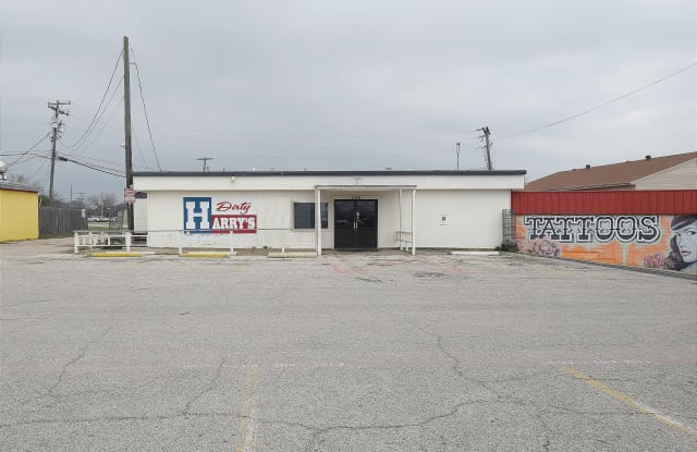 206 W Veterans Memorial Blvd - 206 W Veterans Memorial Blvd, Harker Heights, TX 76548