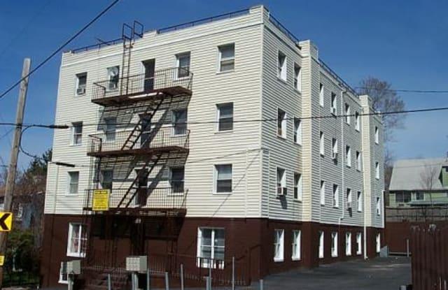 167 GLEN COVE AVE - 3H - 167 Glen Cove Avenue, Glen Cove, NY 11542