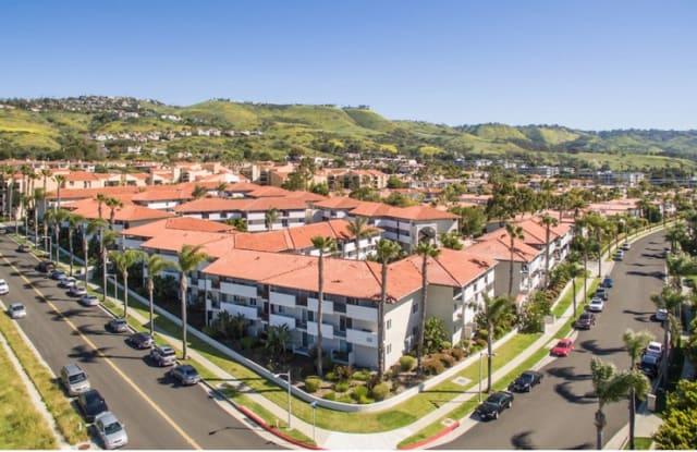 Avana Rancho Palos Verdes - 6600 Beachview Dr, Rancho Palos Verdes, CA 90275