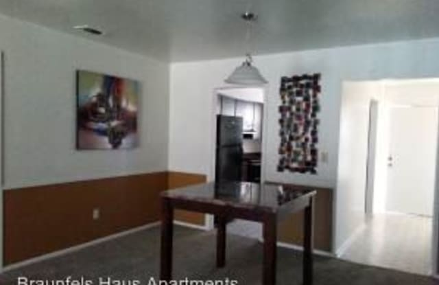 Braunfels Haus - 730 Howard Street, New Braunfels, TX 78130