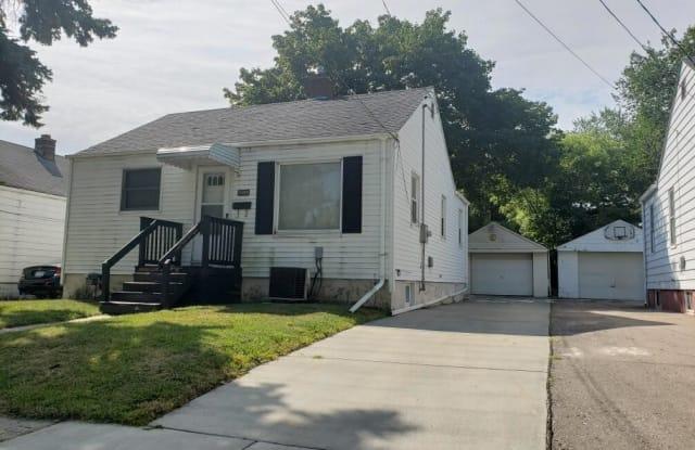 3509 Clairmont St - 3509 Clairmont Street, Flint, MI 48503