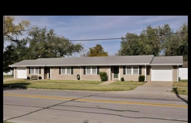 2318 W. McCormick - 2318 West Mccormick Street, Wichita, KS 67213