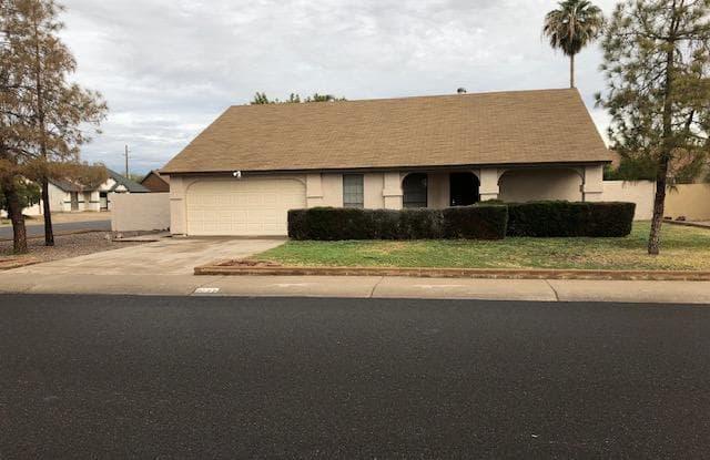 9032 W CAROL Avenue - 9032 West Carol Avenue, Peoria, AZ 85345