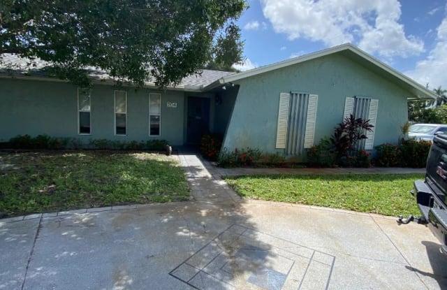 204 SE 26th Avenue - 204 Southeast 26th Avenue, Boynton Beach, FL 33435