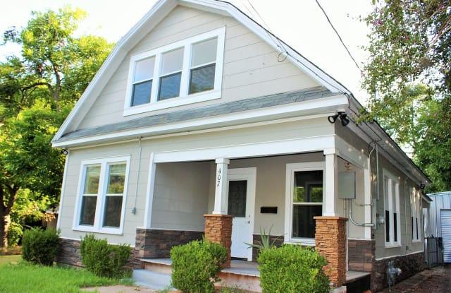 407 North Chappell Hill Street - 407 N Chappell Hill St, Brenham, TX 77833