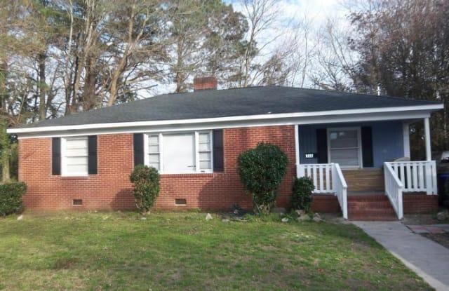 108 N Warren Street - 108 North Warren Street, Greenville, NC 27858