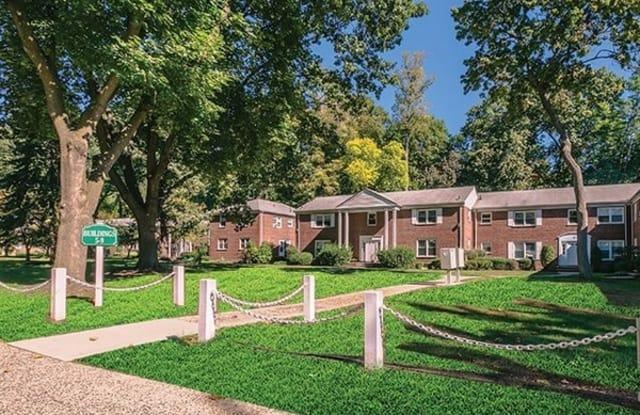 Short Hills Gardens - 469 Millburn Ave, Essex County, NJ 07041
