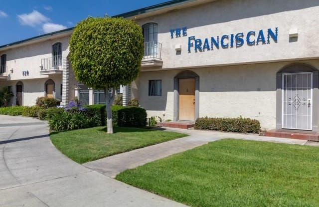 The Franciscan - 120 N Syracuse St, Anaheim, CA 92801
