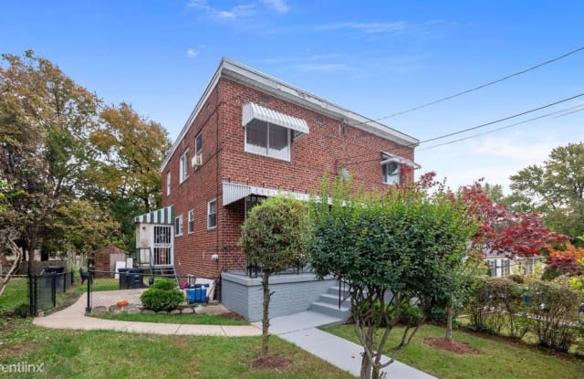 5221 59th Ave - 5221 59th Avenue, East Riverdale, MD 20737