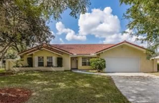 10768 NW 17th St - 10768 Northwest 17th Street, Coral Springs, FL 33071