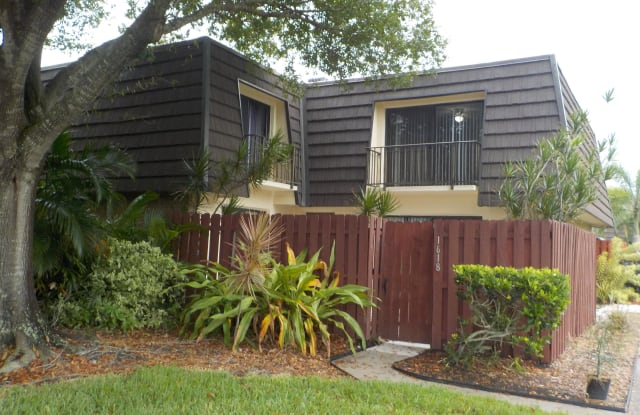 1618 Vista Oaks Circle - 1618 Vista Oaks Circle Northeast, Palm Bay, FL 32905