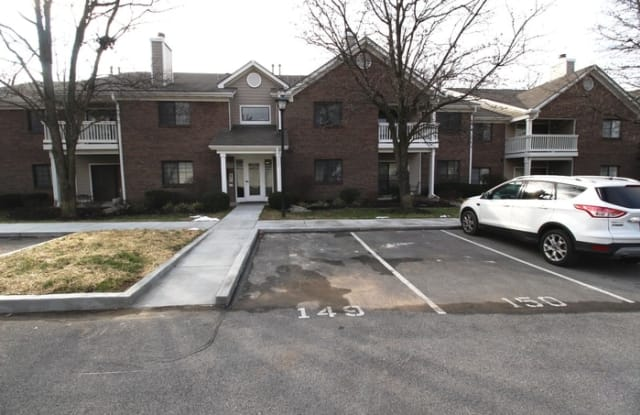 400 Ethridge Avenue - 400 Ethridge Avenue, Douglass Hills, KY 40223