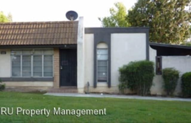 3601 Sampson Ct #D - 3601 Sampson Court, Bakersfield, CA 93309