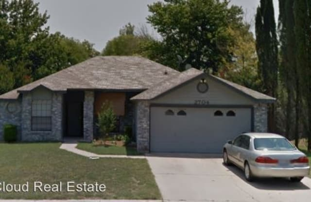 2704 WILLOW SPRINGS RD - 2704 Willow Springs Road, Killeen, TX 76549