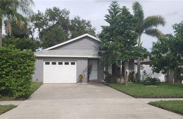 3811 LAKE SHORE DRIVE - 3811 Lake Shore Dr, Palm Harbor, FL 34684
