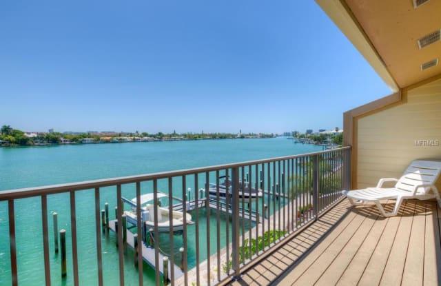 135 92ND AVENUE - 135 92nd Avenue, Treasure Island, FL 33706