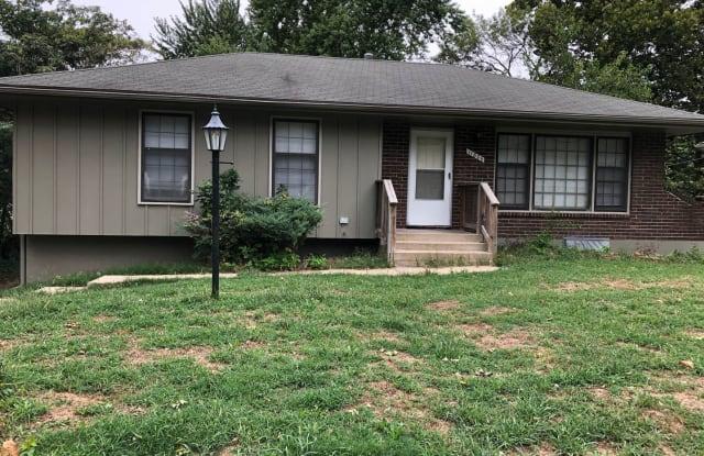11806 Smalley Ave - 11806 Smalley Avenue, Kansas City, MO 64134