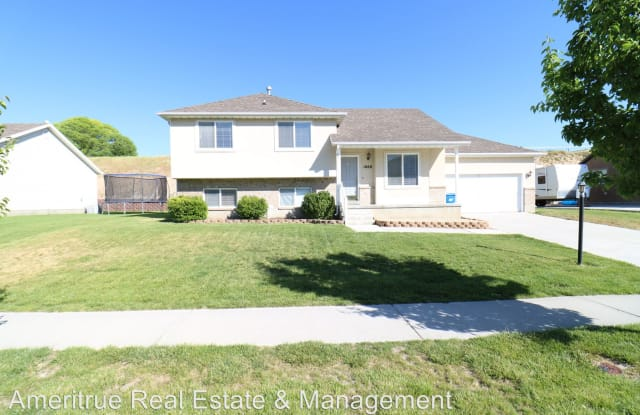 1668 Stony View Dr - 1668 South Stony View Drive, Spanish Fork, UT 84660
