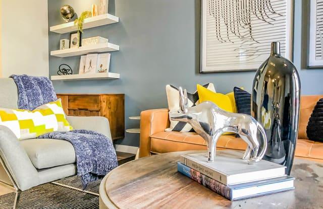 OXLY Apartments - 5810 Utsa Dr, San Antonio, TX 78249