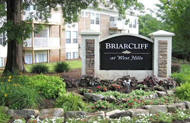 Briarcliff At West Hills - 505 Buckeye Dr, Knoxville, TN 37919