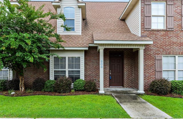 898 Jefferson Dr - 898 Jefferson Drive, Gulfport, MS 39507