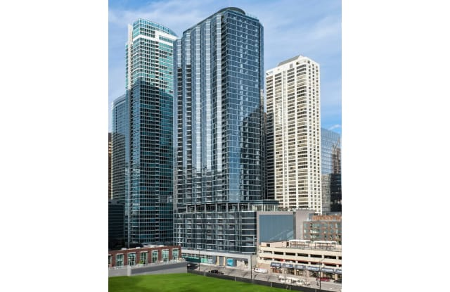 Moment - 545 N McClurg Ct, Chicago, IL 60611