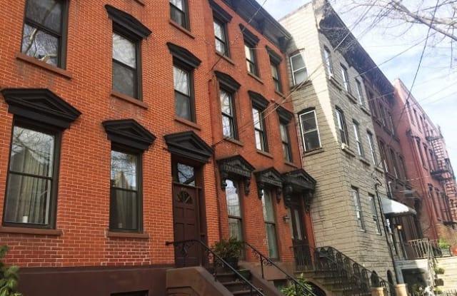 655 JERSEY AVE - 655 Jersey Ave, Jersey City, NJ 07302