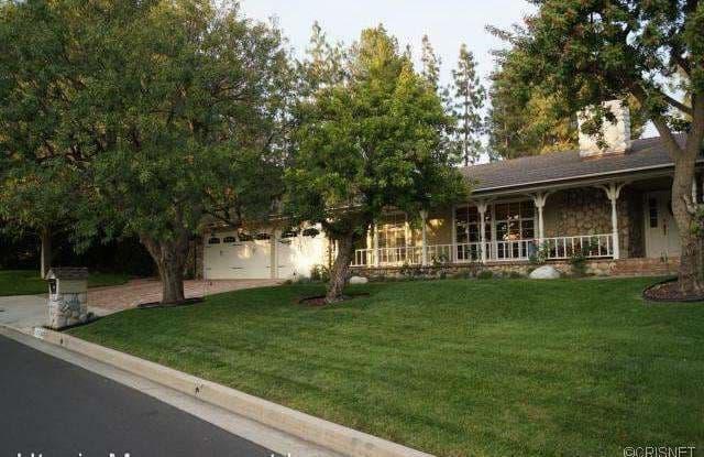 10732 Overman Ave - 10732 Overman Avenue, Los Angeles, CA 91311