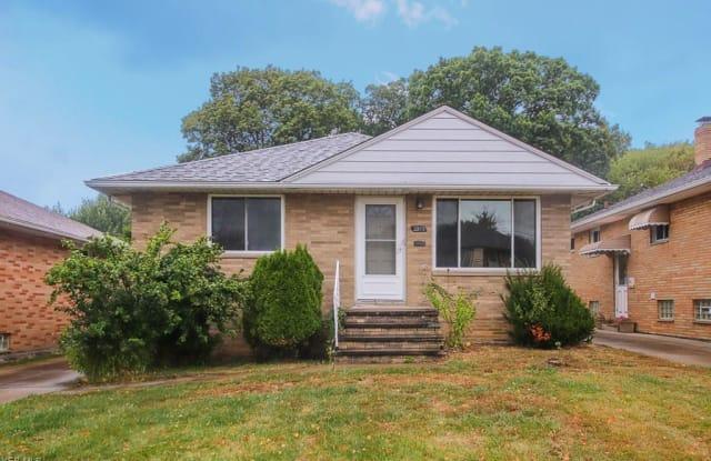 2802 Norris Ave - 2802 Norris Avenue, Parma, OH 44134