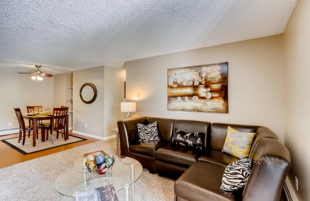 Sterling Heights - 2420 W Reservoir Rd, Greeley, CO 80634