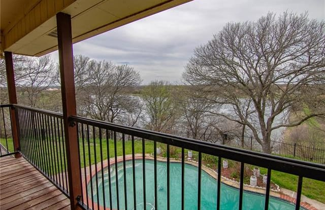 137 Lakeview Drive - 137 Lakeview Drive, Annetta, TX 76008