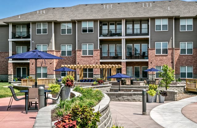 The Apartments At Lux 96 Papillion Ne Apartments For Rent