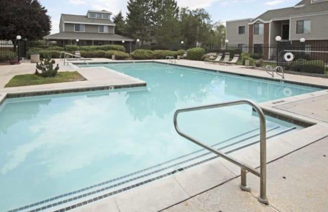 Sun River Apartments - 1080 402 River Falls Rd, Kansas City, KS 66111