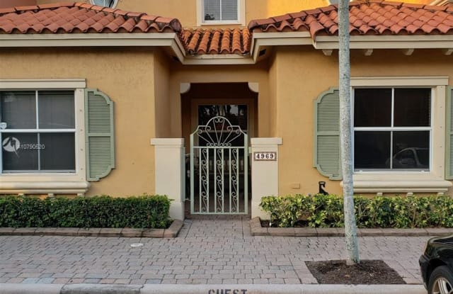 4969 Tradewinds Ter - 4969 Tradewinds Terrace, Dania Beach, FL 33312