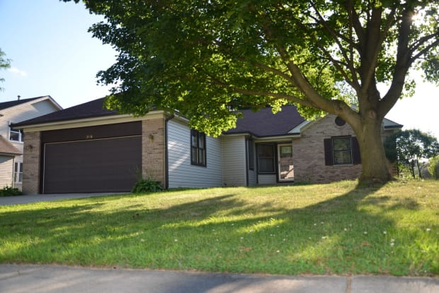 525 OLD COUNTRY Way - 525 Old Country Way, Wauconda, IL 60084