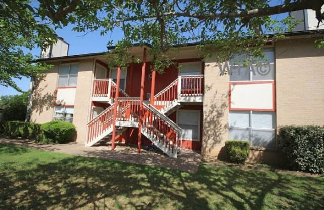 205 Craddock - 205 Craddock Ave, San Marcos, TX 78666