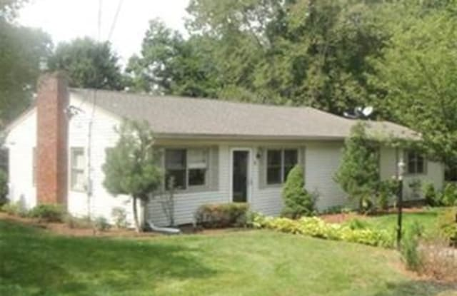 8 Elm Road - 8 Elm Road, Middlesex County, MA 01886