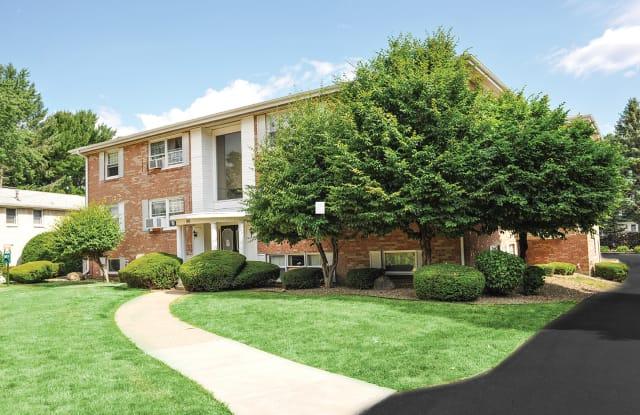 Green Lake Apartments & Townhomes - 80 N Lake Dr, Orchard Park, NY 14127