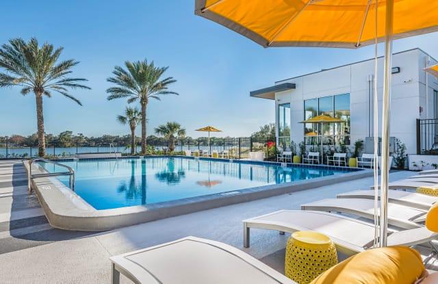 Lakeside Villas - 7950 Shoals Dr, Orlando, FL 32789