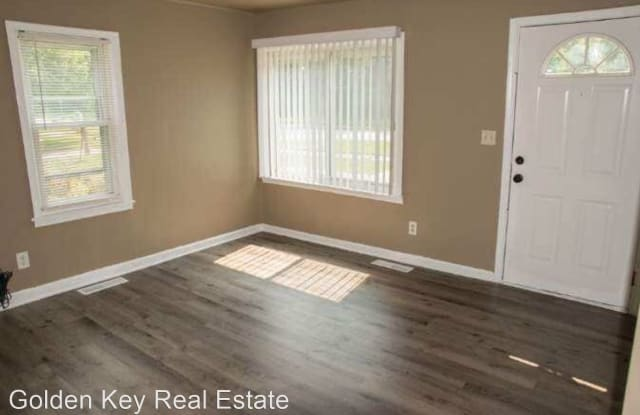 26946 Beverly Rd - 26946 Beverly Road, Taylor, MI 48180
