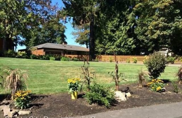 14815 SE River Forest Dr. - 14815 Southeast River Forest Drive, Oak Grove, OR 97267